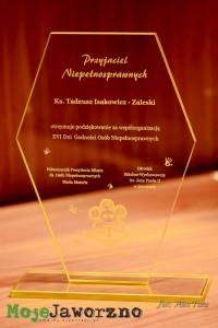 isakowicz200516011